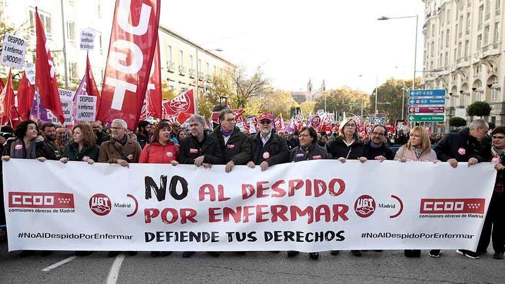 """Los sindicatos protestan en toda España contra el """"despido por enfermar"""""""
