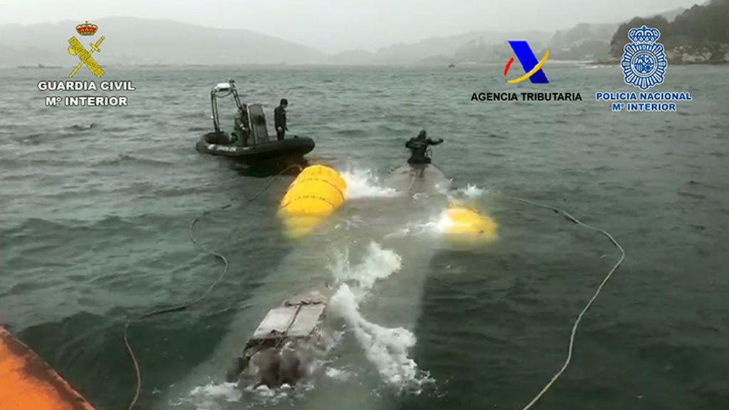 El narcosubmarino tenía 152 fados con 3 toneladas de cocaína - NIUS