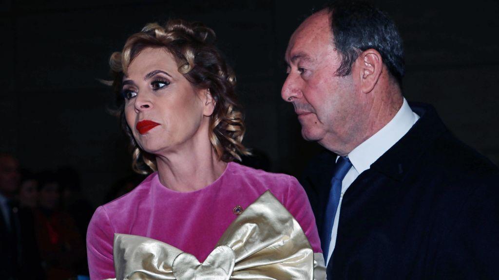 """Ágatha Ruiz de la Prada, """"mosqueada"""" por la 'pillada' de su novio con otra mujer: """"No quiero problemas con la flaca"""""""