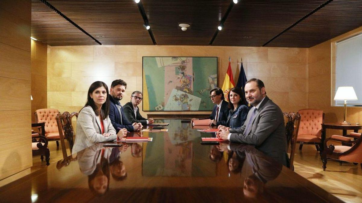 Arranca la primera mesa de diálogo entre PSOE y ERC sobre la investidura