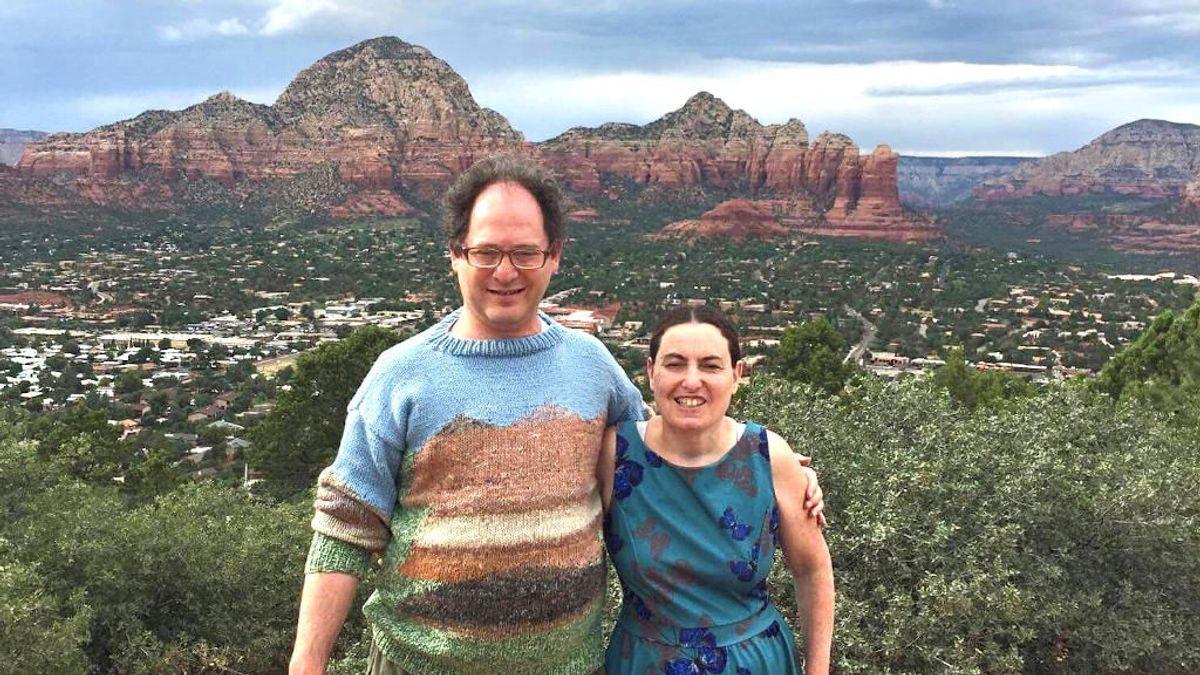 Sam Barsky da la vuelta al mundo con sus jerséis 'handmade' de los lugares icónicos que visita