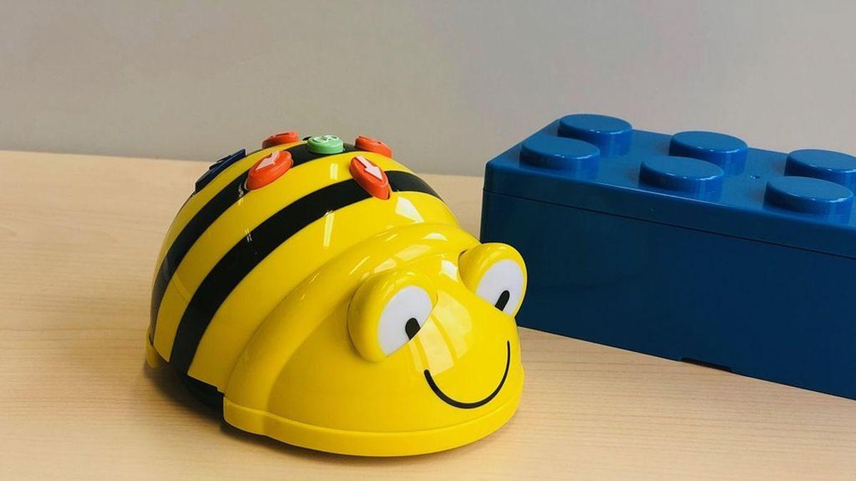 Robot o balón: Qué juguete es mejor para tu hijo