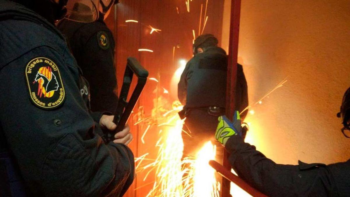 Macrooperación policial contra el tráfico de armas , drogas  y blaqueo de capitales en Badalona