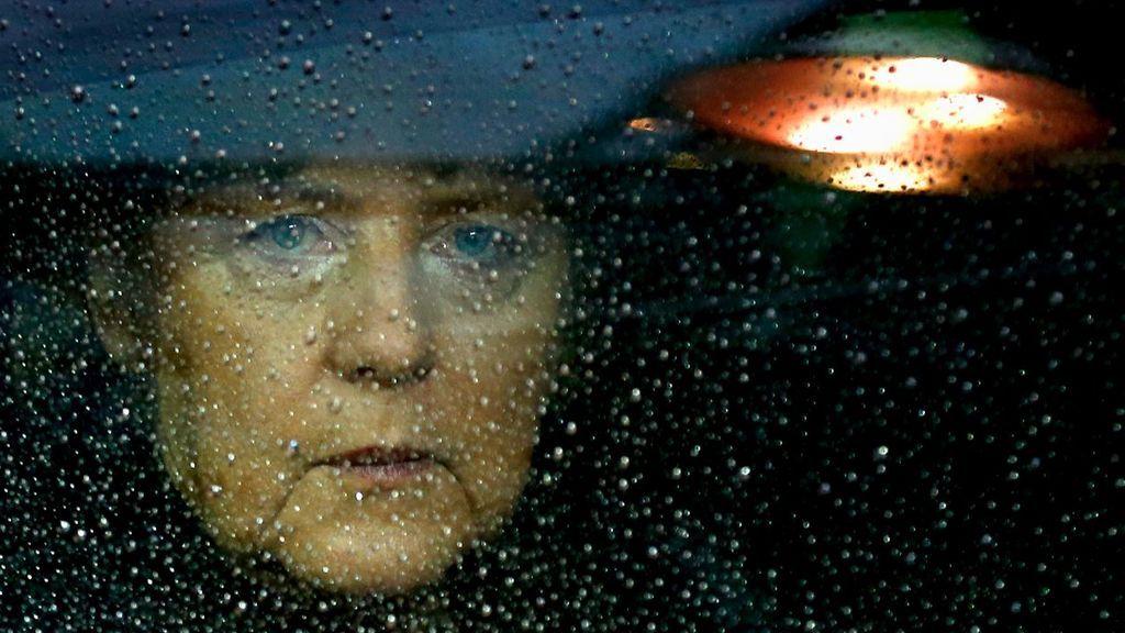 La gran coalición de Merkel hace aguas