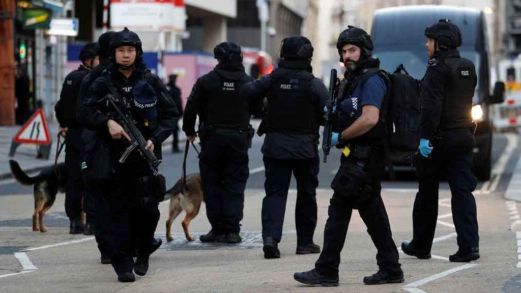 Dos muertos en un atentado en el Puente de Londres