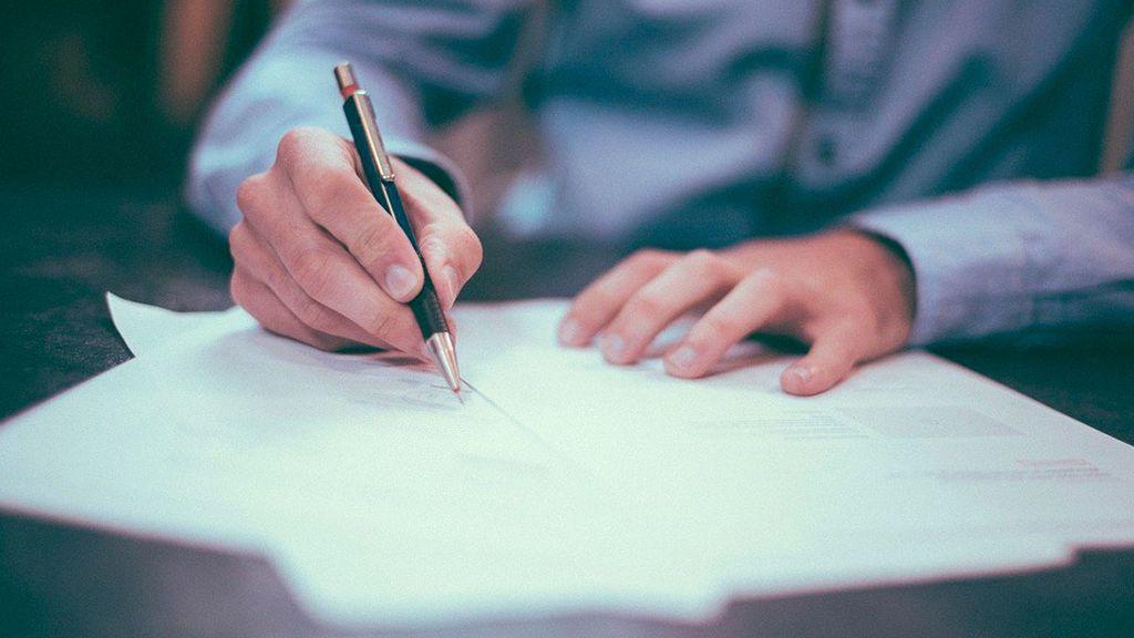 Las firma de hipotecas cae un 31,6% y confirma la caída inmobiliaria