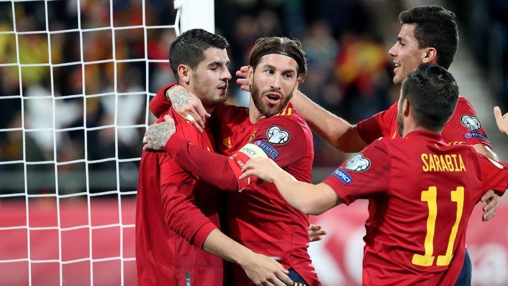 España, en el grupo E, queda encuadrada con Polonia,  y una selección aún por clasificarse