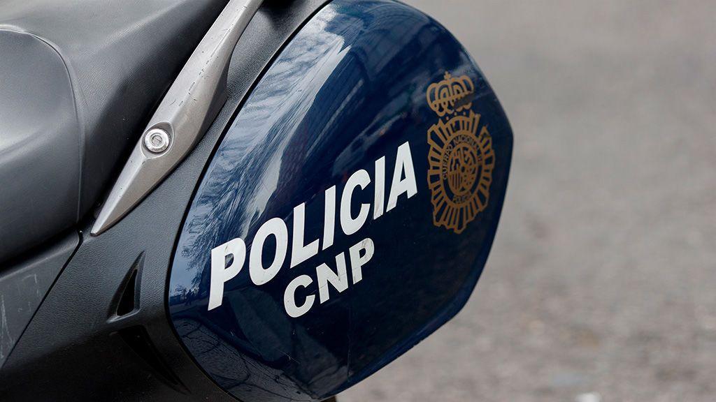 Hallan una mujer muerta hace meses envuelta en una funda de colchón en una escombrera de Madrid