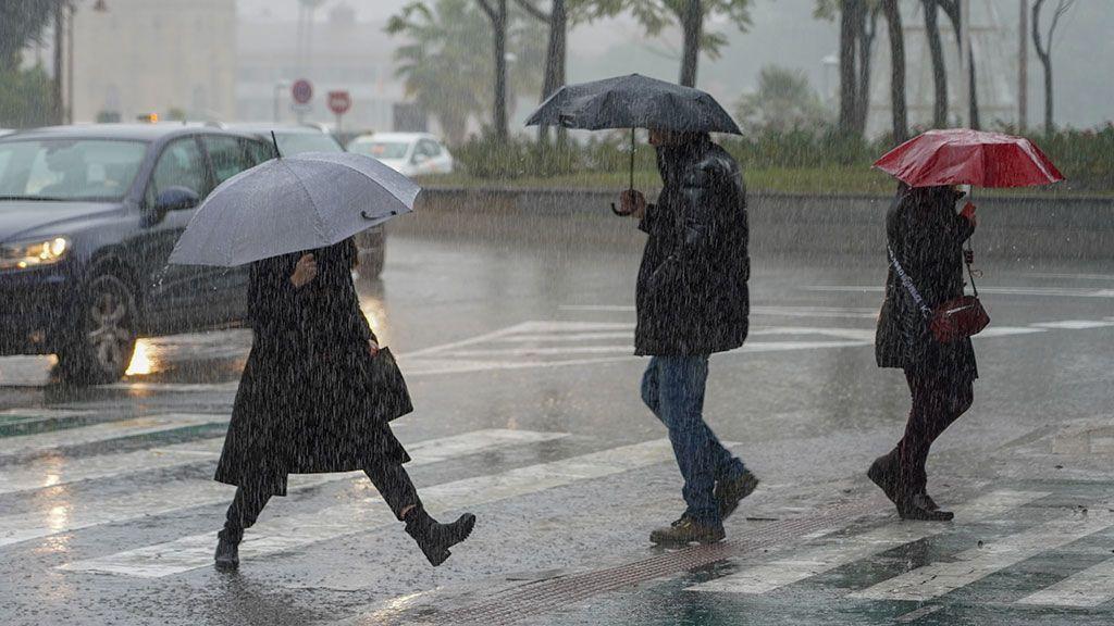 Veinte provincias en alerta este lunes por lluvia, nieve y oleaje