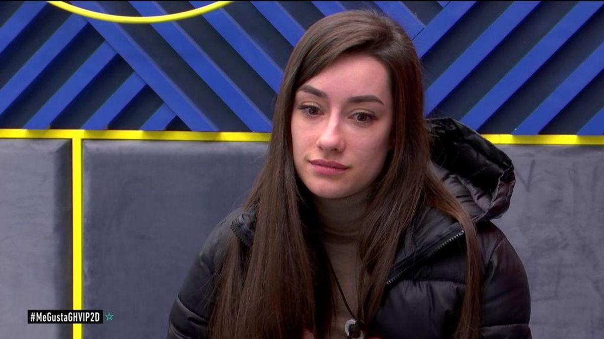 """Adara se confiesa con sus compañeras: """"Una vez Gianmarco me rozó la mano y me dio un vuelco el corazón"""