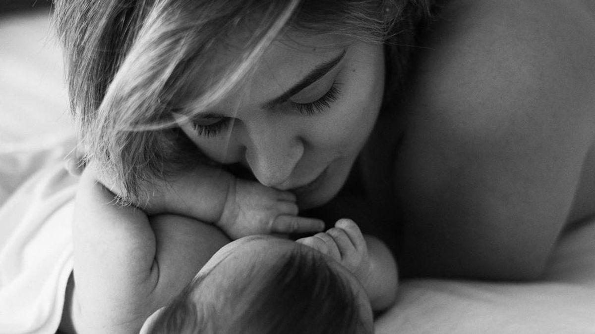 """Laura Escanes viste a su hija de 'it baby' y Risto Mejide reacciona: """"Otra influencer en la familia"""""""