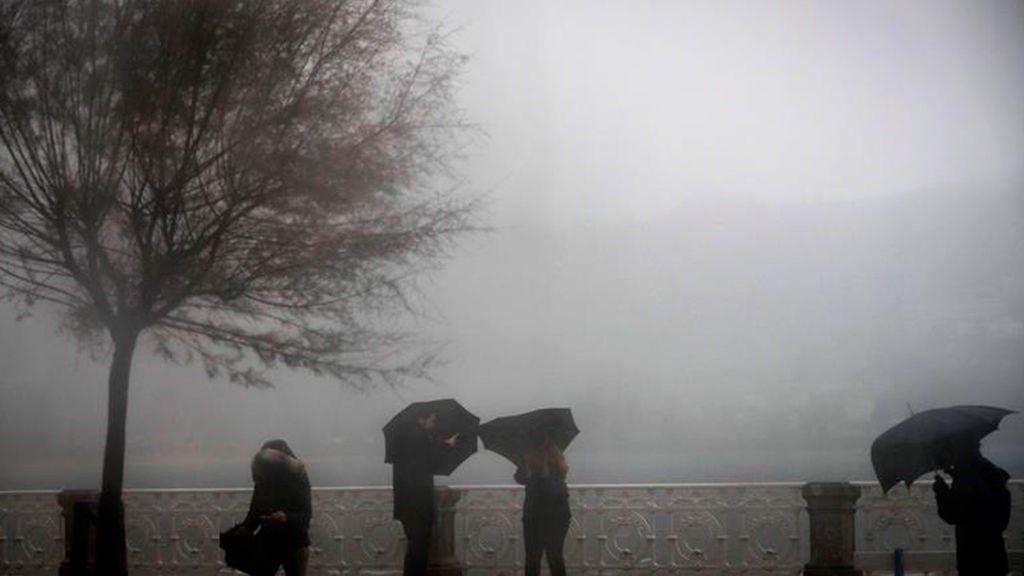 Catorce provincias en alerta por frío, lluvia, nieve y olas