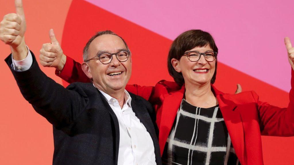 La inesperada pareja socialdemócrata que quiere dejar la gran coalición de Merkel