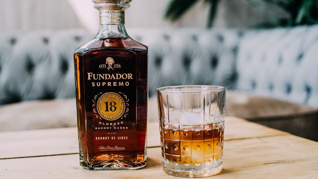 Fundador Supremo 18: exclusividad en una copa de brandy