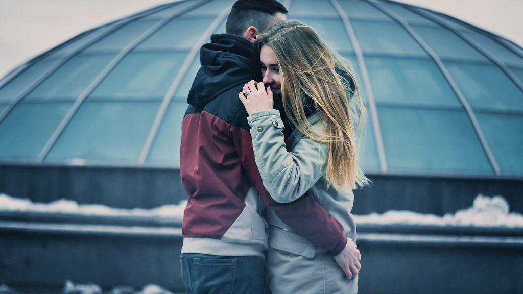 No es amor, es no saber estar solo: señales de que