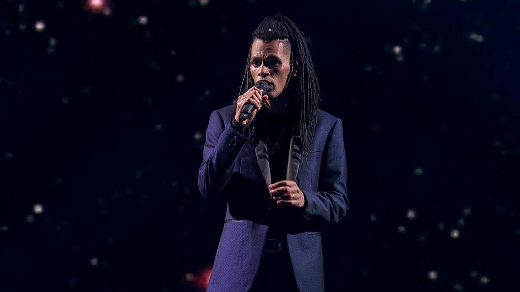 """Sion causa furor en 'Got Talent' cantando """"la canción más difícil del mundo"""""""