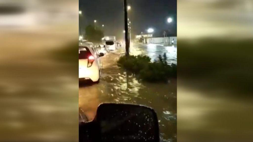 Calles, convertidas en ríos desde Valencia a Murcia