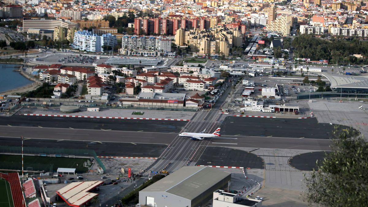 El impacto de un rayo en un avión de British Airways con destino a Gibraltar le obliga a tomar tierra en Málaga
