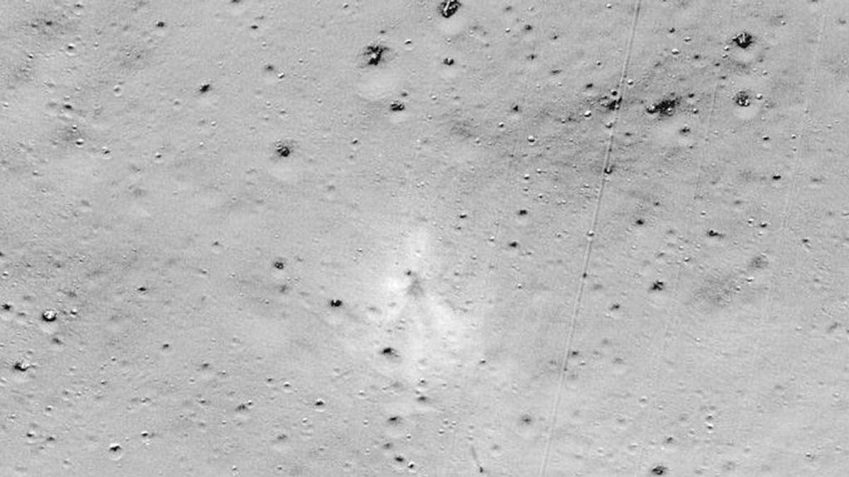 La NASA descubre los restos destrozados de la sonda lunar lanzada por la India