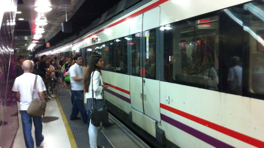 Desaparece la T-10 en Barcelona: el título substitutivo será más caro y el mensual más económico