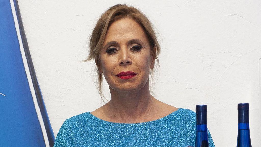 """Ágatha Ruiz de la Prada rompe su silencio sobre su ruptura con Luis Miguel Rodríguez: """"He venido a París a pensármelo"""""""
