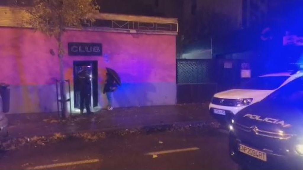 Un cliente de un club intenta prender fuego al local tras quedar insatisfecho con el servicio