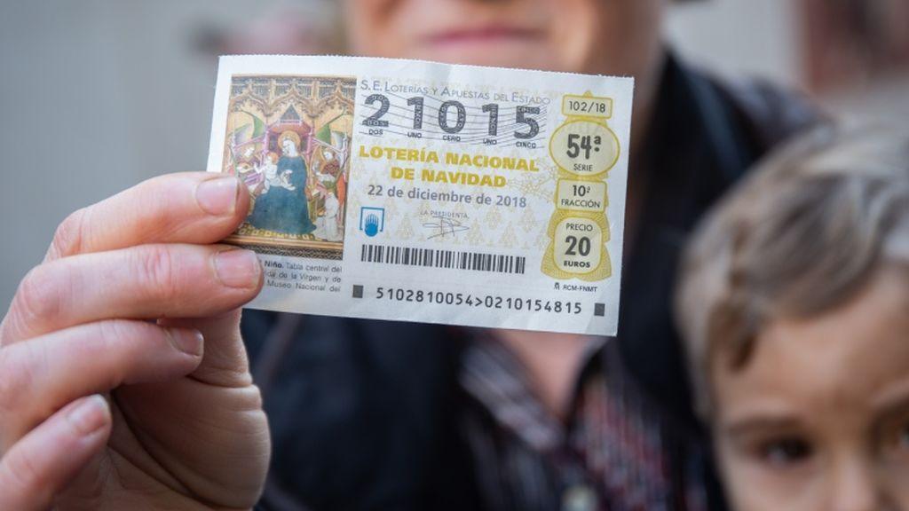 Lotería de Navidad: qué  hacer si compartes décimo