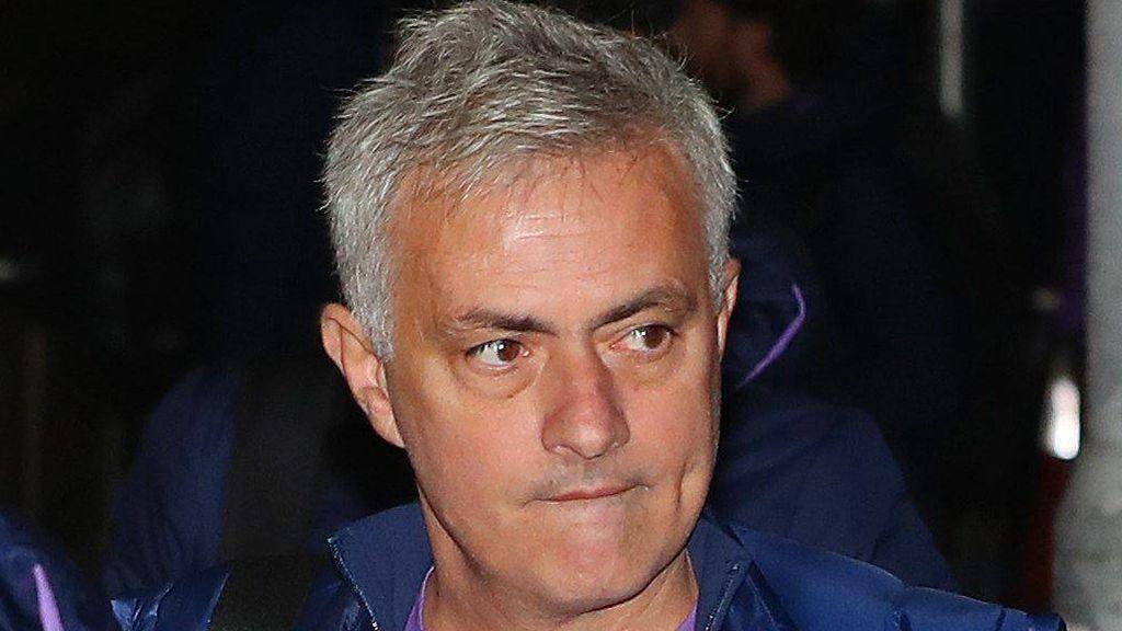 """Mourinho recuerda por qué vivía en un hotel en Manchester: """"No quería limpiar, no sé planchar ni cocinar"""""""