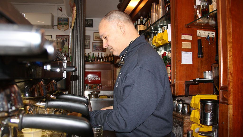 El propietario del bar