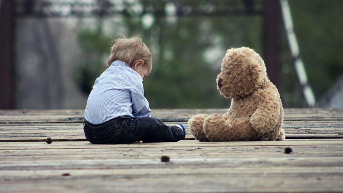 Un niño de tres años, a punto de morir,  tras tragarse una pulsera con 37 imanes