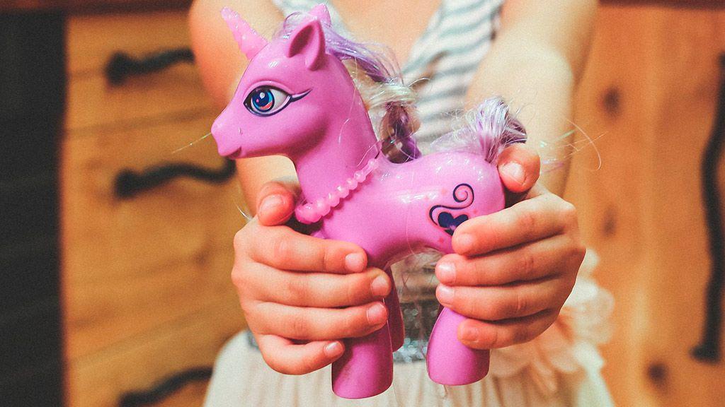 NO PUBLICAR Cómo mantener la ilusión de los regalos de Navidad sin híper regalar a nuestros hijos