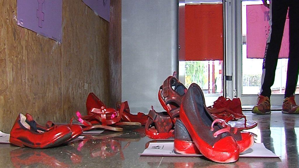 Zapatos rojos violencia genero