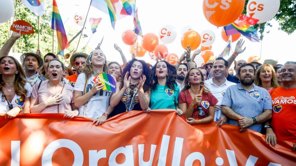 Inés Arrimadas y otros dirigentes de C´s el día del Orgullo LGTBI