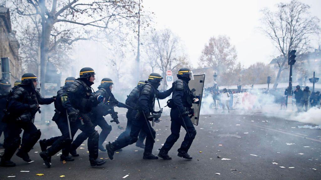 Huelga General: Francia se mantiene en pie de guerra en su segundo día de protestas contra la reforma de Macron