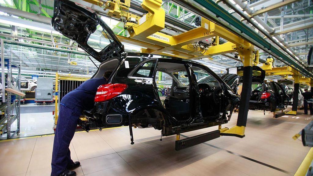 La producción industrial alemana cae bruscamente