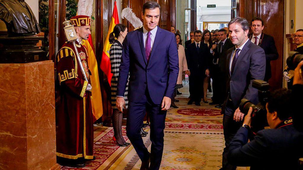 """Sánchez reclama el pacto """"entre diferentes"""""""
