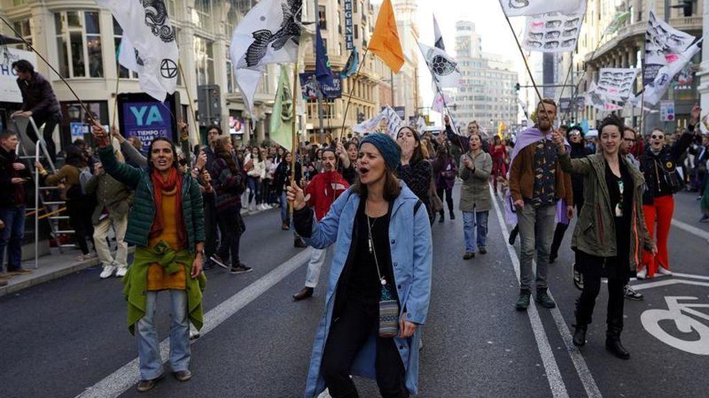 Manifestación contra la industria textil