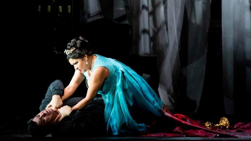 La Scala se rinde ante la soprano Anna Netrebko en el estreno de 'Tosca'
