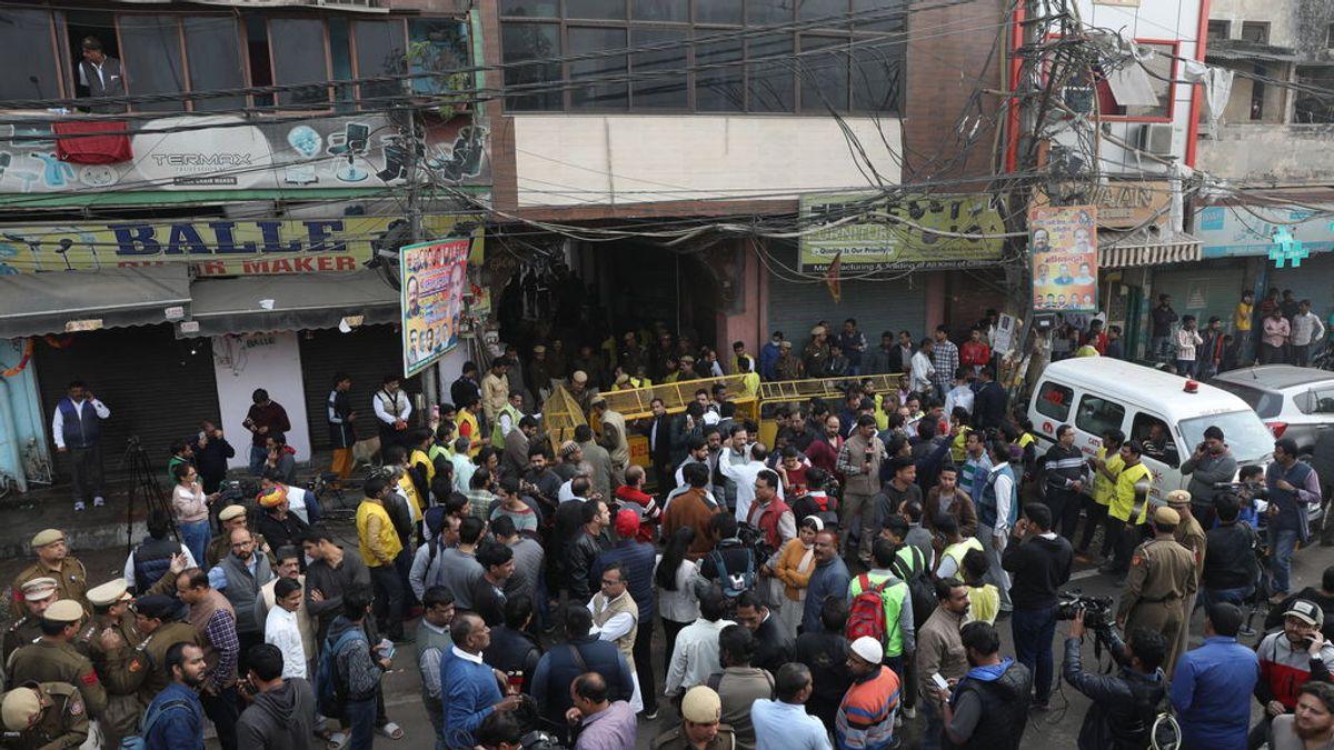 La fábrica incendiada de Nueva Delhi era ilegal y carecía de medidas contra las llamas