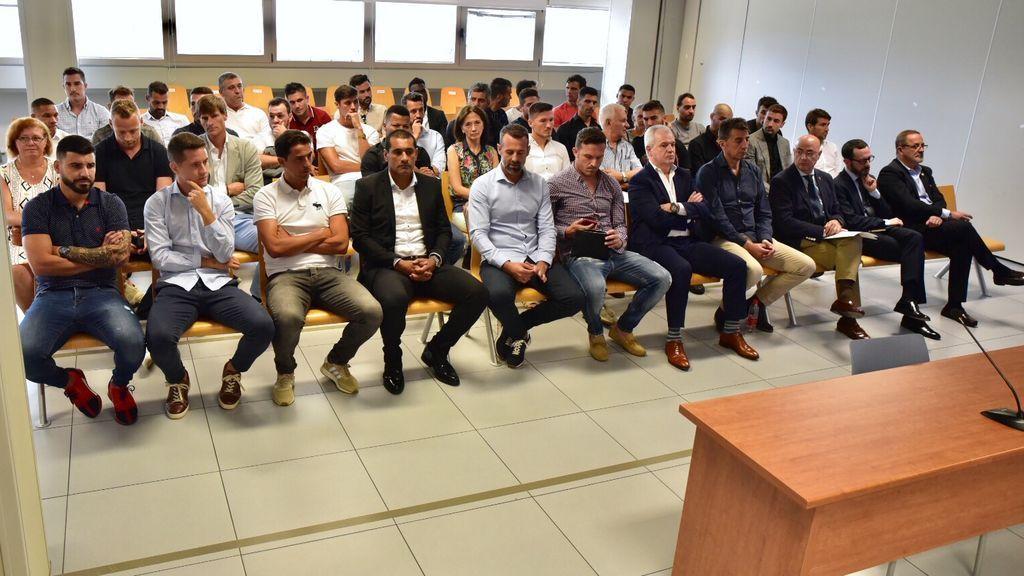 El juez absuelve a los jugadores del Zaragoza y del Levante del amaño de partidos