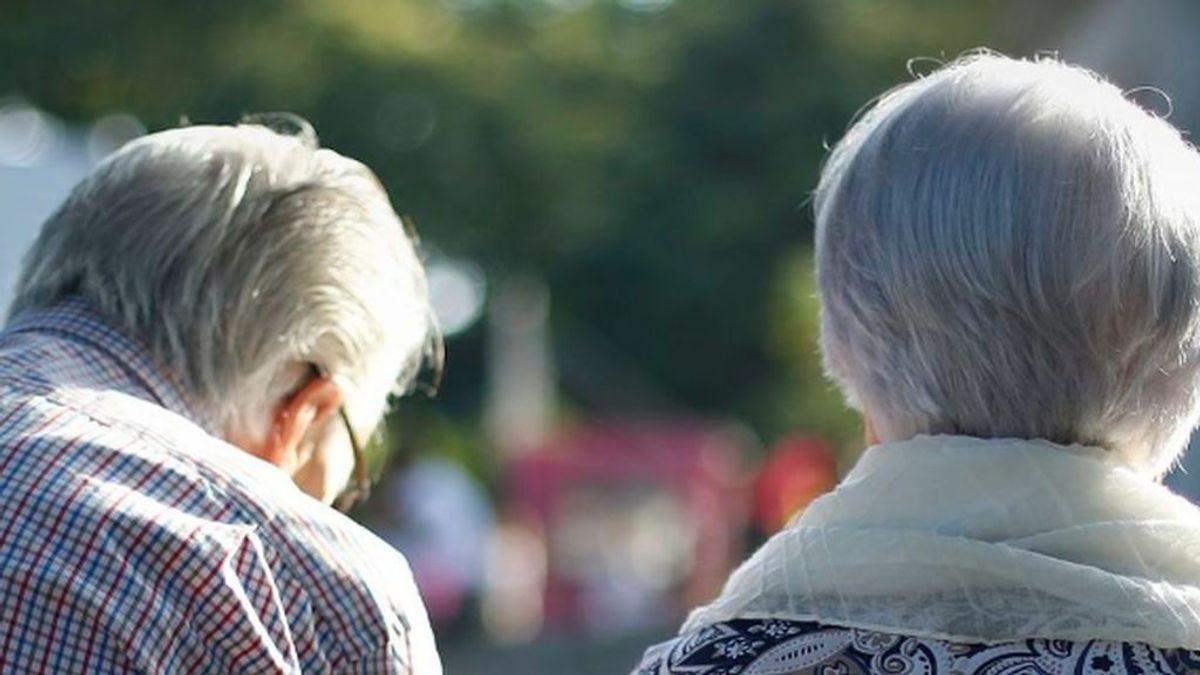 Cómo llegar a viejo y mantenerse joven al lograrlo: caminar y dieta sana, claves