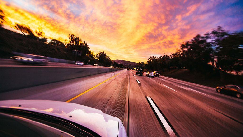 Amaxofobia, el miedo a conducir: cómo nace este trastorno y cómo superarlo