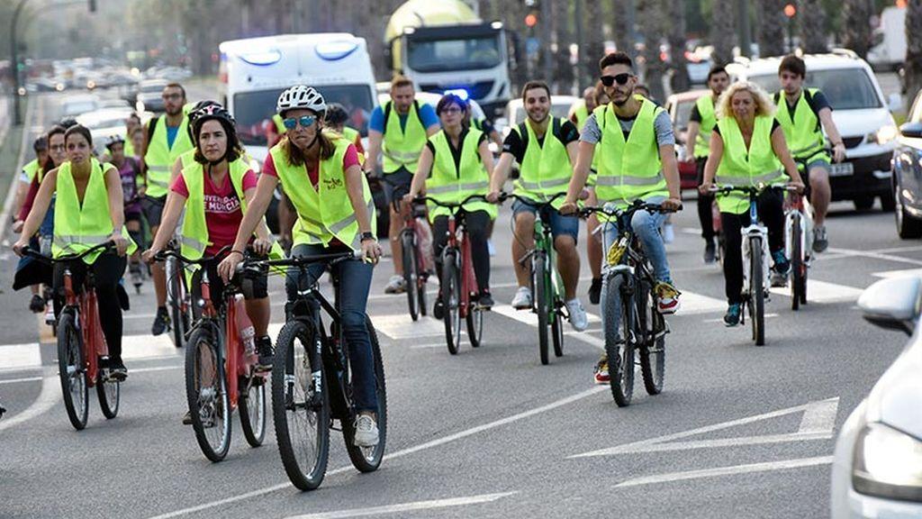 Casi un millón y medio de españoles usa la bici a diario