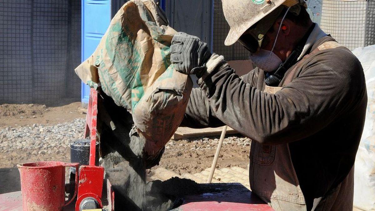 Un albañil decide no colgar sus herramientas tras ganar la lotería