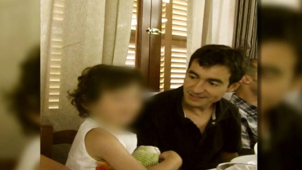 """Recupera a su hija tras estar 8 años """"secuestrada"""" por su madre"""