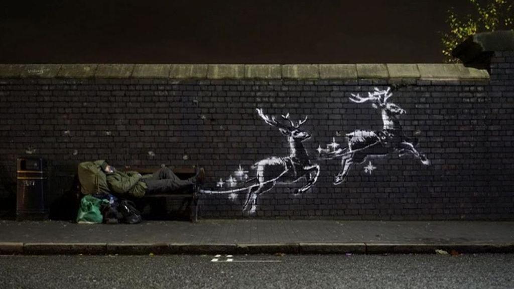 Bansky denuncia la precariedad de las personas sin hogar en un nuevo mural