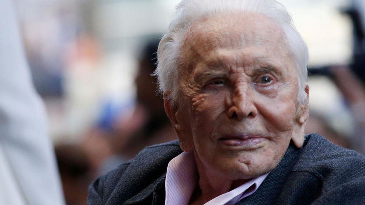 Kirk Douglas cumple 103 años, y otras grandes estrellas longevas del cine