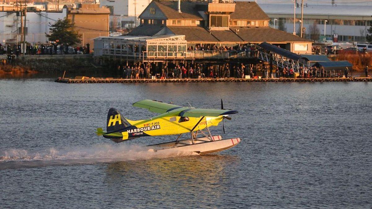 El primer avión comercial eléctrico en todo el mundo ha llegado con éxito desde Canadá