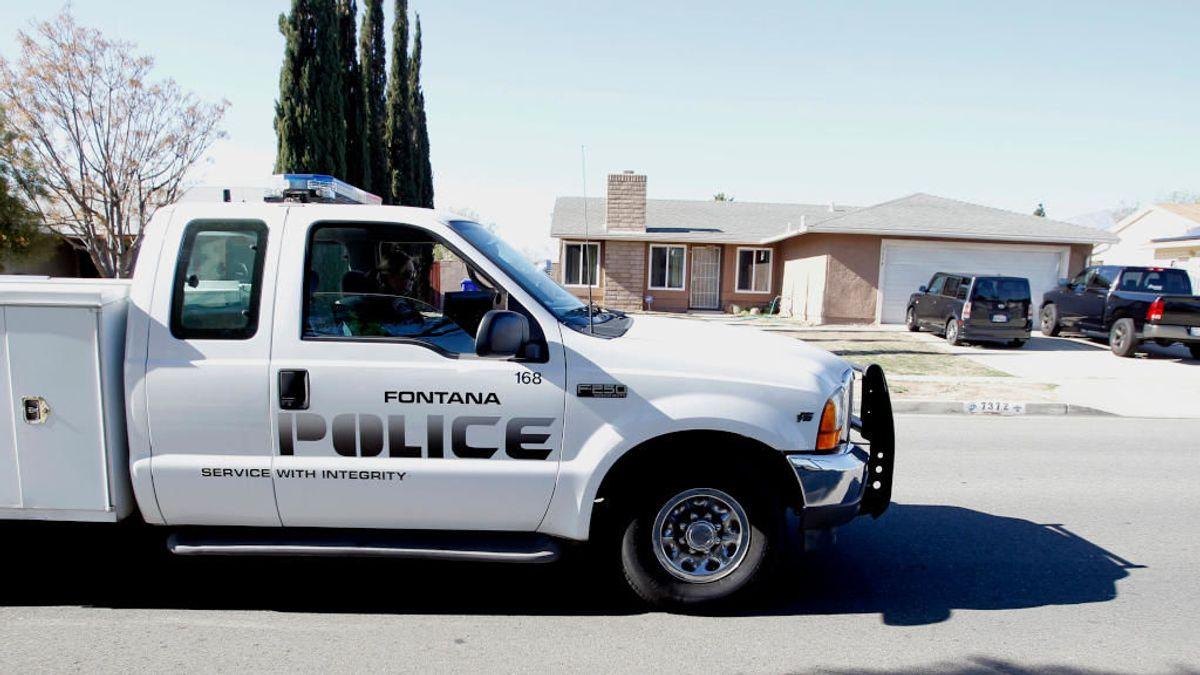 Un policía de California evita un suicidio en plena calle con una conversación