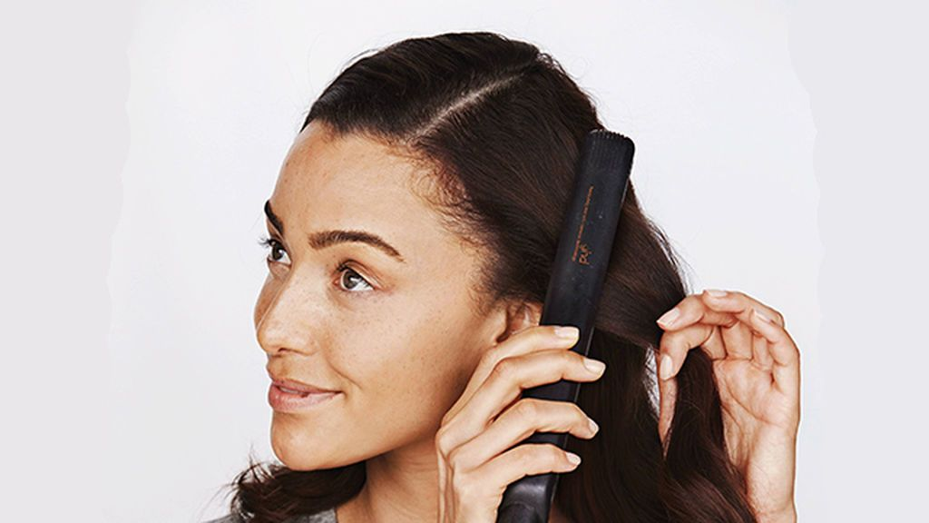 Planchas de frío o calor contra el encrespamiento: qué es mejor para controlar el pelo en invierno